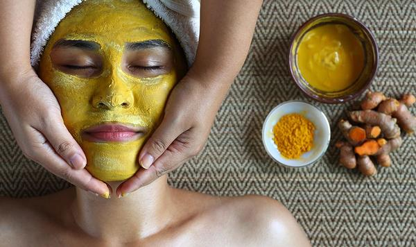 Benefits of a Besan Haldi Mask for your Face