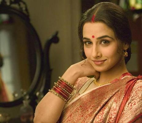 What Makes Vidya Balan Tick At The Awards?