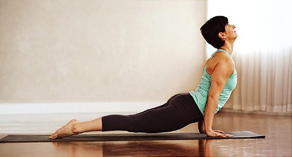 The Best Yoga Poses to Improve Energy as You Begin Your Day
