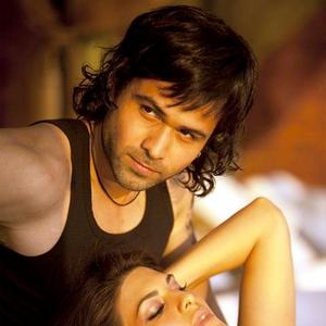 Sexy Imran Hashmi hot look in Murder 2
