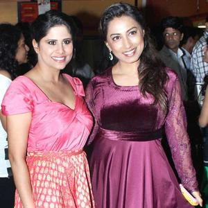 Sai Tamahankar and Kranti Redkar Pose During No Entry Pudhe Dhokha Aahe Premiere