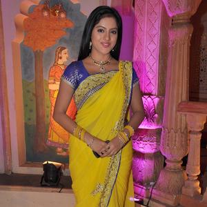 Deepika Singh Gorgeous Saree Photo On The Sets Of Yeh Rishta Kya Kehlata Hai