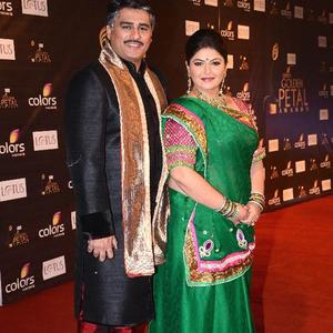 Ayub With Pragati Nice Pose For Camera At The Colors Golden Petal Awards 2012