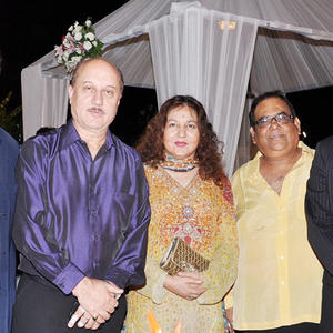 Anupam With Satish At The Govind Namdevs Daughters Wedding