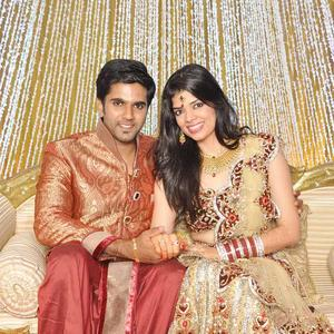 The Newly Wed Couple Pallavi And Vibin Cute Looks On
