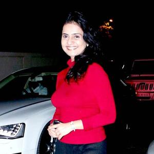 Shashwati Cute Smiling Still At The Screening Of Balak Palak