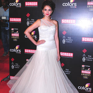 Aditi Rao Hydari Glamour Look In Red Carpet At 19th Annual Colors Screen Awards 2013