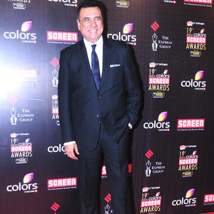 Boman Irani Dazzles In Red Carpet At 19th Annual Colors Screen Awards 2013
