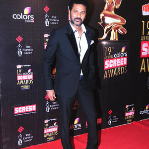 Prabhu Deva Posed For Camera In Red Carpet At 19th Annual Colors Screen Awards 2013