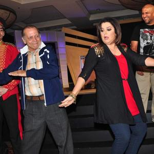 Farah Khan Danced Look At Sony MAX IPL Press Conference 2013