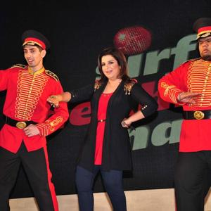 Farah Khan Shakes Her Legs At Sony MAX IPL Press Conference 2013