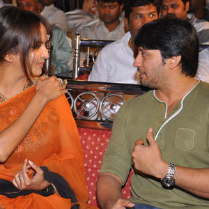 Lakshmi Prasanna Manchu And Prashanth Cool Chatting At Rajakota Rahasyam Audio Release Function