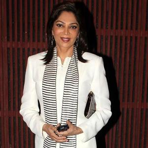 Simi Garewal Posed At Farah Khan Ali Store Launch Party