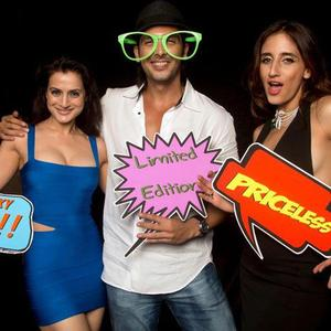 Ameesha Patel,Zayed Khan And Farah Khan Ali Cool Rocked Still At Farah Khan Ali Post Launch Party