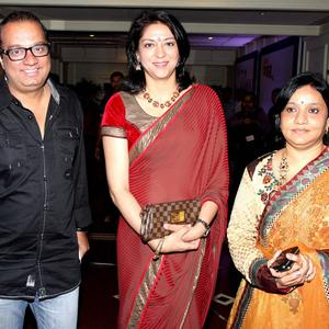 Priya Dutt Stunning Look In Red Saree At The 4th NBC Awards 2013