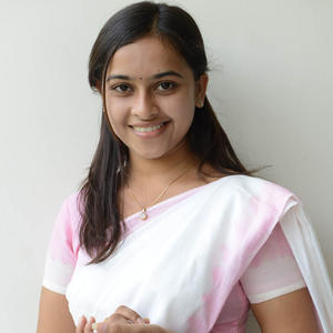 Sri Divya Cute Smiling Pose At Mallela Theeramlo Sirimallepuvvu Audio Success Meet Event