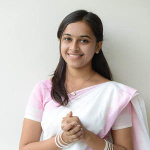 Sri Divya Posed For Camera During The Mallela Theeramlo Sirimallepuvvu Audio Success Meet Event