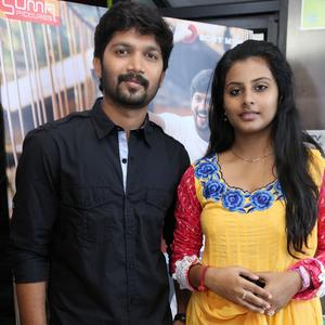 Abhi And Gayathri Posed For Camera At Kerala Nattilam Pengaludane Audio Launch Function