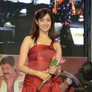 Gurlin Chopra Looking So Gorgeous In This Cute Red Dress