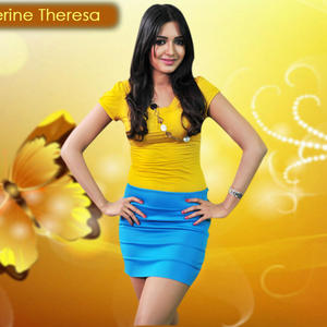 Catherine Tresa Stylish Look Wallpaper