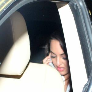 Sonakshi Sinha Return From Dubai After Promote Her Gangster Film