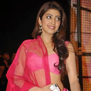 Pranitha Subhash Sexy Hot Look During The Thank You Press Meet Function Of Attarintiki Daredi Movie