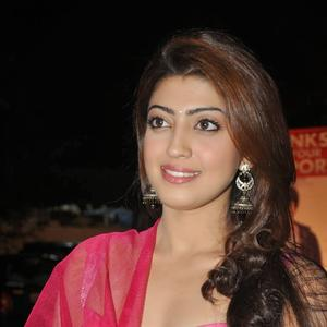 Pranitha Subhash Stylish Look At Attarintiki Daredi Movie Thank You Press Meet Function