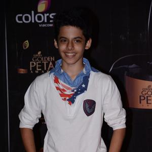 Darsheel Safary Flashes Smile At Colors TV 3rd Golden Petal Awards 2013