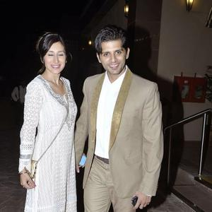Karanveer Bohra Arrives With Model Wife Teejay Siddhu At Aamna And Amit Wedding Reception