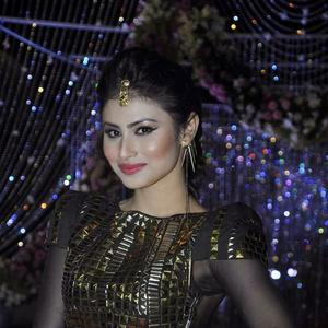 Mouni Roy Attend Aamna Sharif And Amit Kapoor'S Wedd