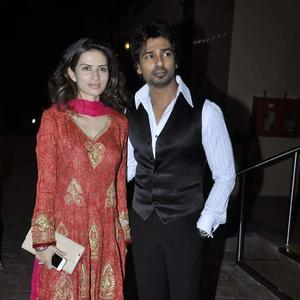 Nikhil Dwivedi Arrives With Wife Gauri Pandit At Taj Land In Mumbai To Attend Aamna And Amit Wedding Reception