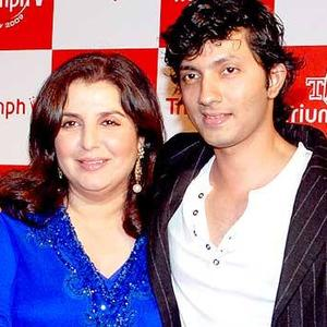 Bollywood Director Couple Farah Khan With Hubby Shirish Kunder Nice Photo