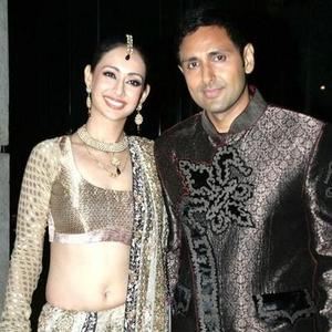 Preeti Jhangiani With Hubby Parvin Dabas Glamour Look Photo Still
