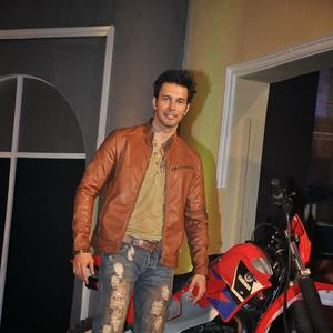 Rajneesh Duggal Smart Look At The Launch Of Fear Factor – Khatron Ke Khiladi Season 5