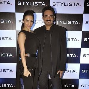 Malaika Arora Khan And Wendell Rodricks Posed At Stylista Bash In Honour Of Wendell Rodricks