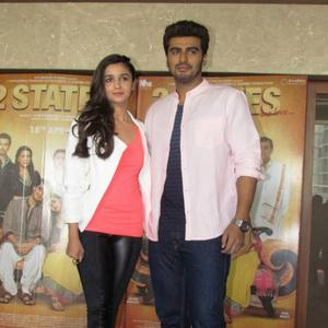 Alia Bhatt And Arjun Kapoor Were In The City Of Ahmedabad Promoting Their Flick 2 States