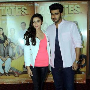 Arjun And Alia Pose For Camera During Promoted Their Upcoming Movie 2 States In Ahmedabad