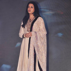 Bhagyashree Patwardhan Beautiful Look In Salwar Suit At Life Ok Channel Laut Aao Trisha Serial Press Conference
