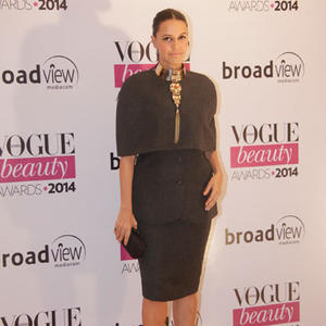 Neha Dhupia Stunning Pose For Camera During Vogue Beauty Awards 2014