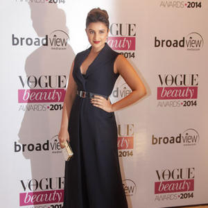 Parineeti Chopra Hot Look In Dior Dress During Vogue Beauty Awards 2014