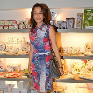 Gayatri Joshi Short Dress Nice Look At Sanvari And Anjori Alagh Houseproud Store Launch