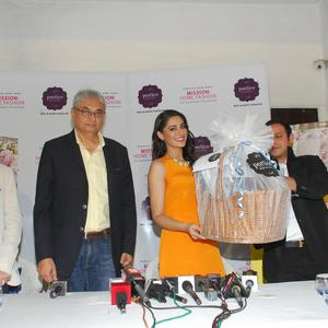 Hot And Elegant Nargis Fakhri Launches Portico Mission Home Fashion
