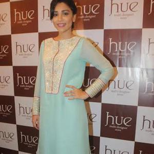 Amrita Puri At Fashion Designers Ritika Mirchandani And Shruti Sancheti Preview
