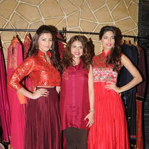 Parvathy And Daisy Pose With Designer Shruti  At HWFC Launch Event