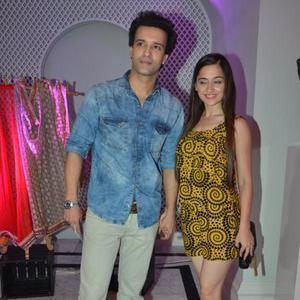 Aamir Ali Posed With Wife Sanjeeda Sheikh At Maheka Mirpuri Charity Fashion Show