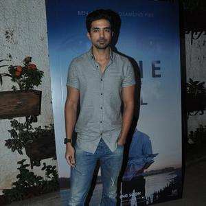 Saqib Saleem Posed for Camera During The Screening Of Gone Girl