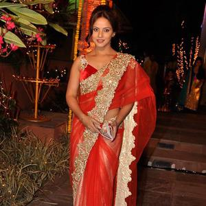 Neetu Chandra Radiant Look In Red Saree During Sachiin J Joshi And Urvashi Sharma Diwali Bash