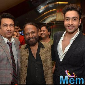 Shekhar Suman,Ketan Mehta And Adhyayan Suman Posed During The Premiere Of Rang Rasiya
