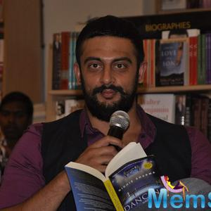 Arunoday Singh Interact With Media At The Launch Of Nidhie Sharma Dancing With Demons Book