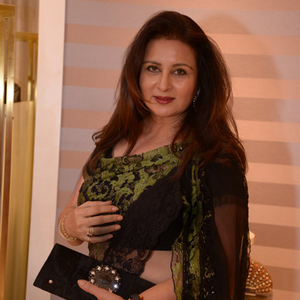 Poonam Dhillon In Saree Beautiful Look At Rahul Mishra Collection 2014